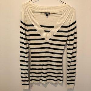 Express White/Black Stripe V-Neck Sweater Small